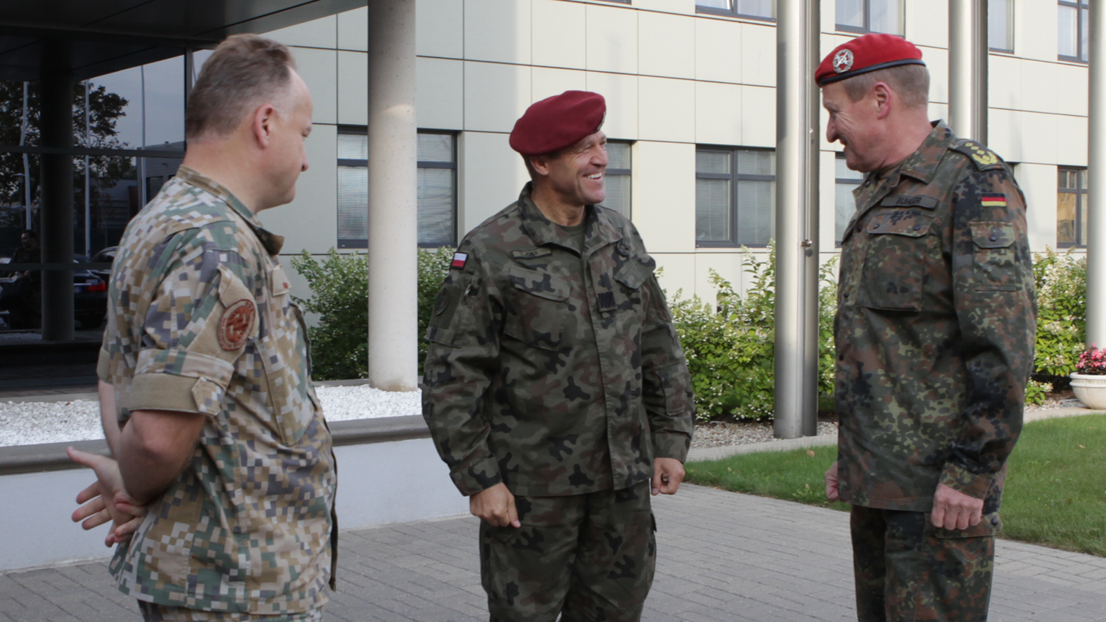 General Erhard Buhler Joint Force Command Brunssum, is greeted by Major General Adam Joks, JFTC Commander, and Brigadier General Imants Ziedins, Chief of Staff Latvian Armed Forces Joint HQ