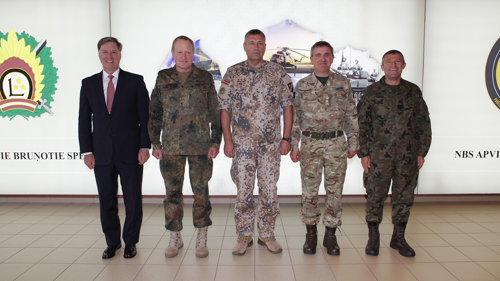 (left to right) Senior Mentor Admiral Mark Ferguson, General Erhard Buhler Joint Force Command Brunssum, Lieutenant General Leonids Kalnins Chief of Defence Republic of Latvia, General Sir James Everard, Deputy Supreme Allied Commander Europe, Supreme Headquarters Allied Powers Europe, Major General Adam Joks, JFTC Commander
